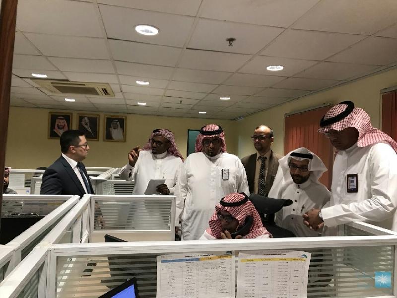 خدمة العملاء بأمانة مكة تستقبل وفد أمانة جدة
